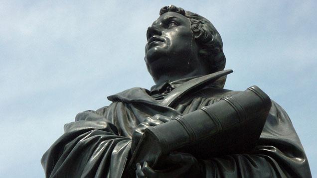 Rechtfertigt sich die Kirche für Luther - statt ihn zu feiern?