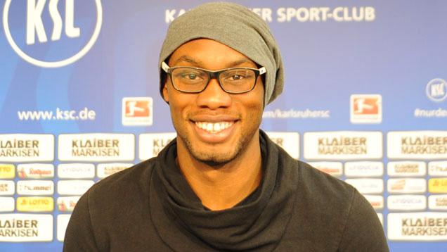 Der Deutsch-Kongolese Reinhold Yabo führte als Kapitän die U17-Nationalmannschaft 2009 zum EM-Titel