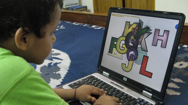 Im Alter von drei Jahren hat bereits jedes 10 Kind Umgang mit dem Internet