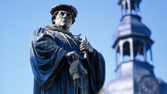 """Martin Luther wird in einem Beitrag der Wochenzeitung """"Die Zeit"""" als Mann der Stunde dargestellt"""