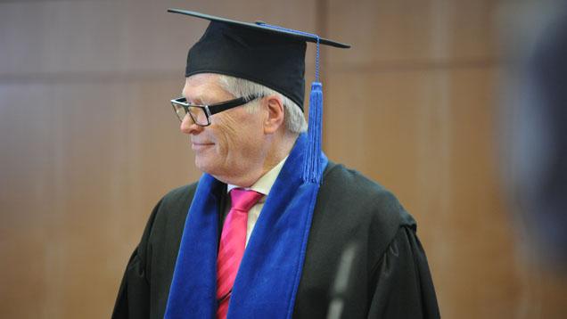 Ehrendoktor Friedhelm Loh im Talar der Technischen Universität Chemnitz