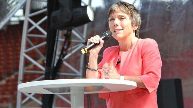 Zieht Luther-Botschafterin Margot Käßmann 2017 ins Schloss Bellevue? SPD-Chef Gabriel hat die 58-Jährige als Bundespräsidentin vorgeschlagen