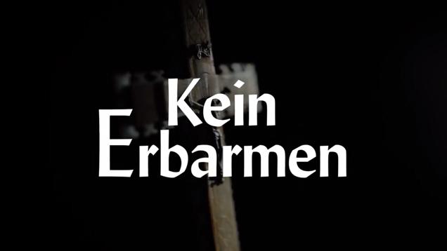 """Zwischen den Szenen wurden in """"Kein Erbarmen"""" Bibelverse eingeblendet"""