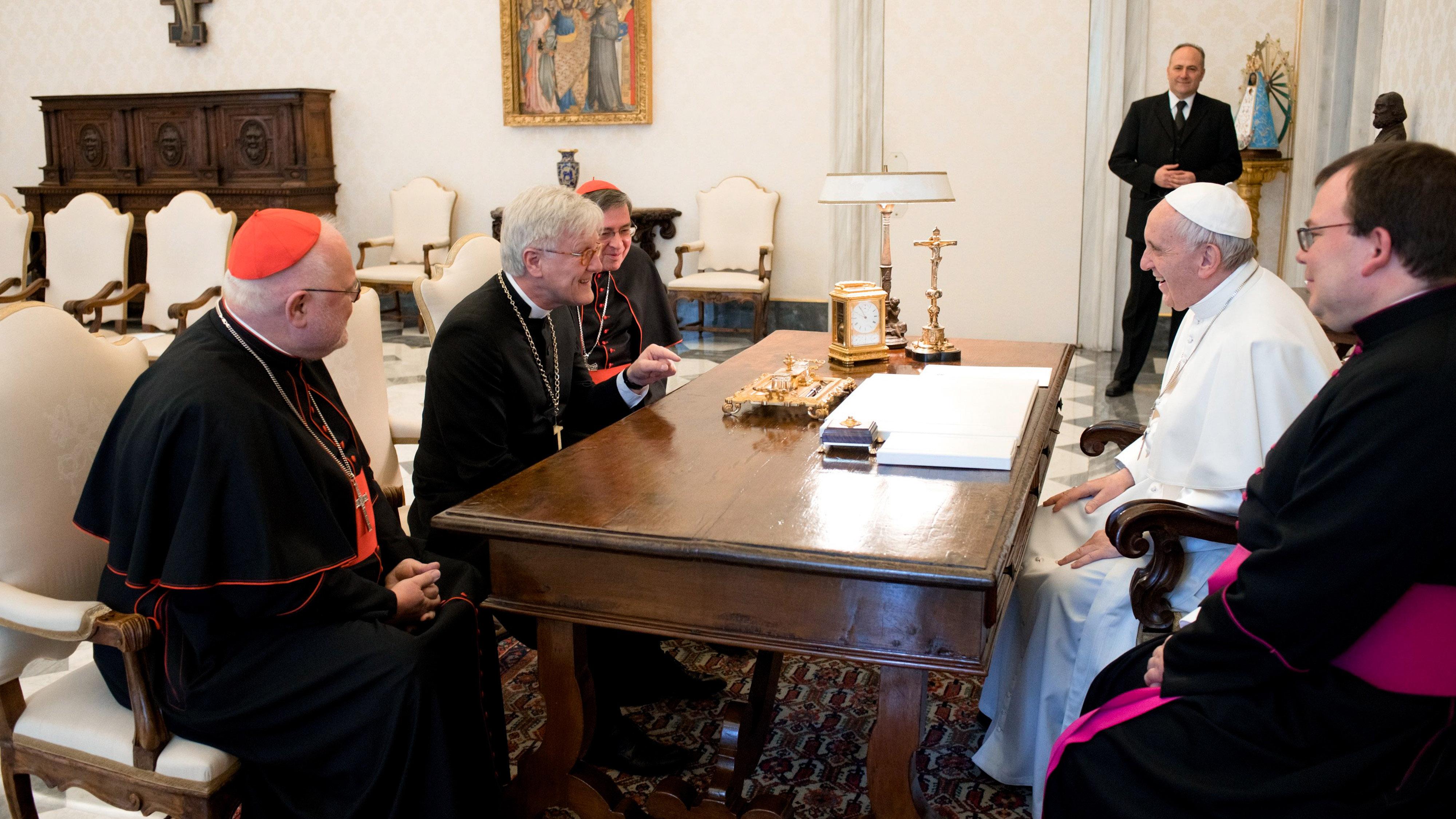 Das Treffen von Papst Franziskus und dem EKD-Ratsvorsitzenden, Landesbischof Heinrich Bedford-Strohm, in einer Privataudienz war von Herzlichkeit geprägt
