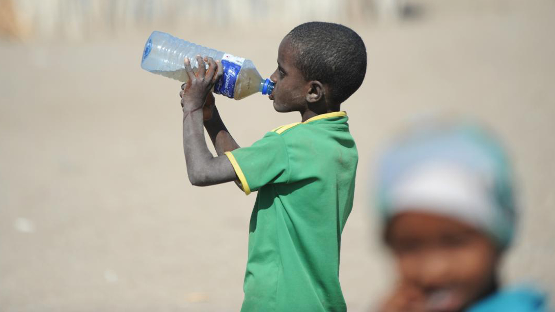 In Ostafrika laufen Millionen Menschen Gefahr, zu verhungern. Dort breitet sich eine extreme Dürre aus.