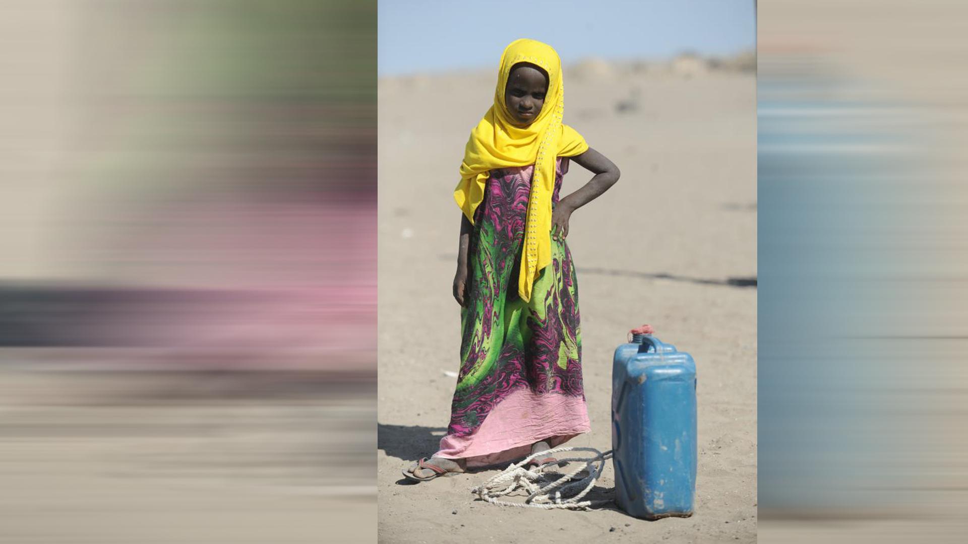 Durch einen gesunkenen Wasserspiegel ist die Wasserversorgung der Menschen eingeschränkt