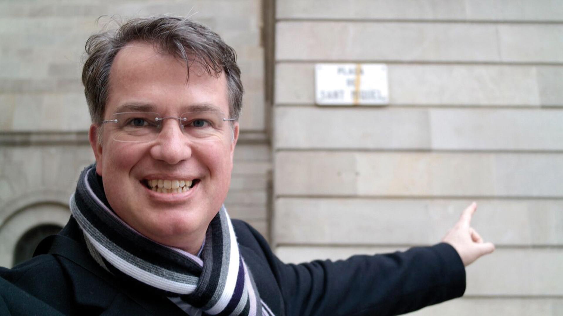 Michael Voß ist Redakteur bei MDR Aktuell. Privat betreibt er die Seite quellencheck.de. Dort gibt er Hinweise, wie Mediennutzer die Quellen und Glaubwürdigkeit von Beiträgen untersuchen können. Er lebt in Halle/Saale und gehört einer Pfingstgemeinde an.