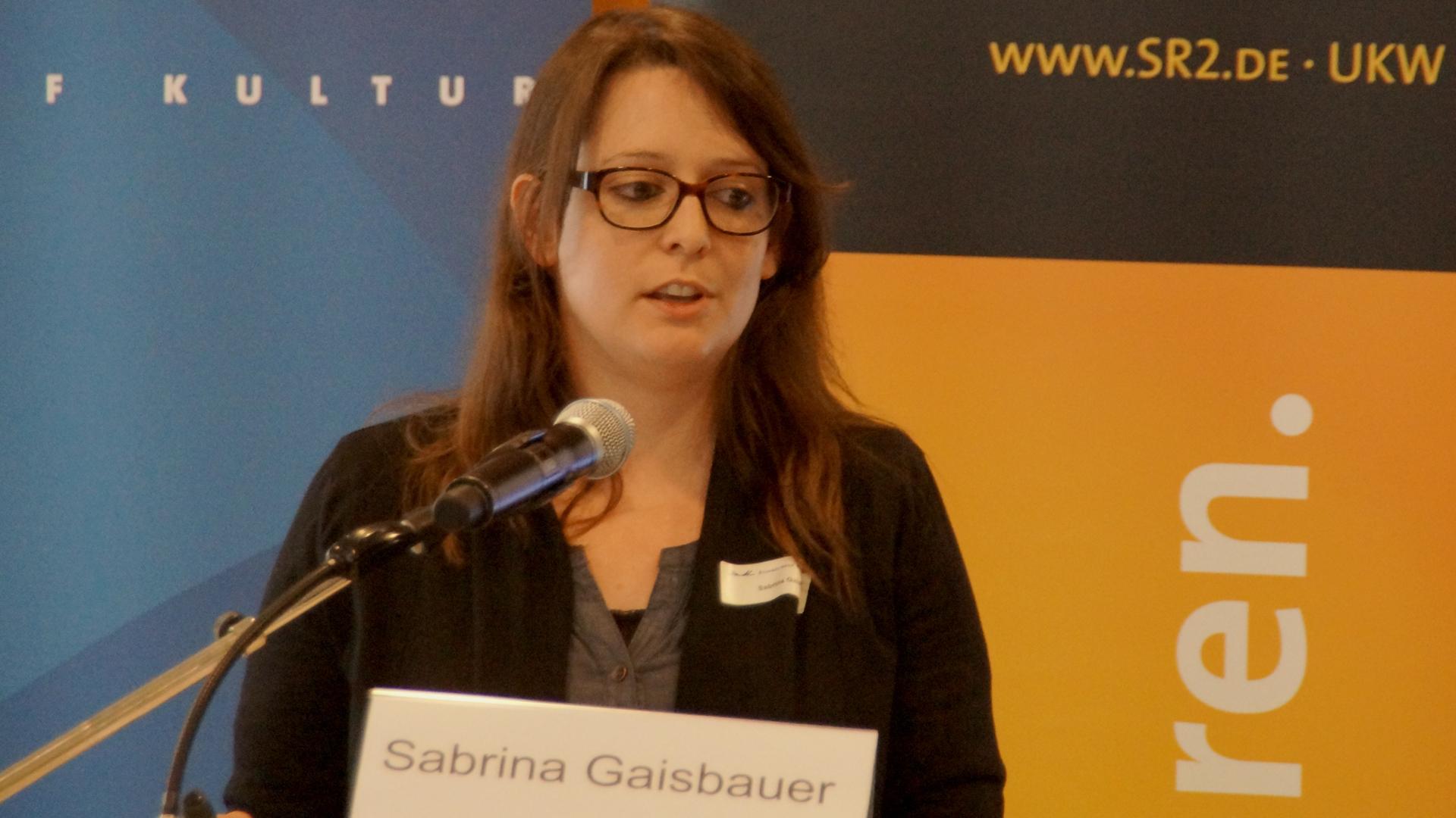 """Sabrina Gaisbauer von der Bundeszentrale für politische Bildung: """"Wir dürfen den analogen Austausch nicht vergessen"""""""