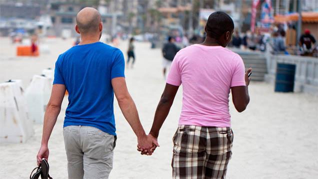 Über die Bedeutung der Ehe herrscht bei den Kirchen Uneinigkeit