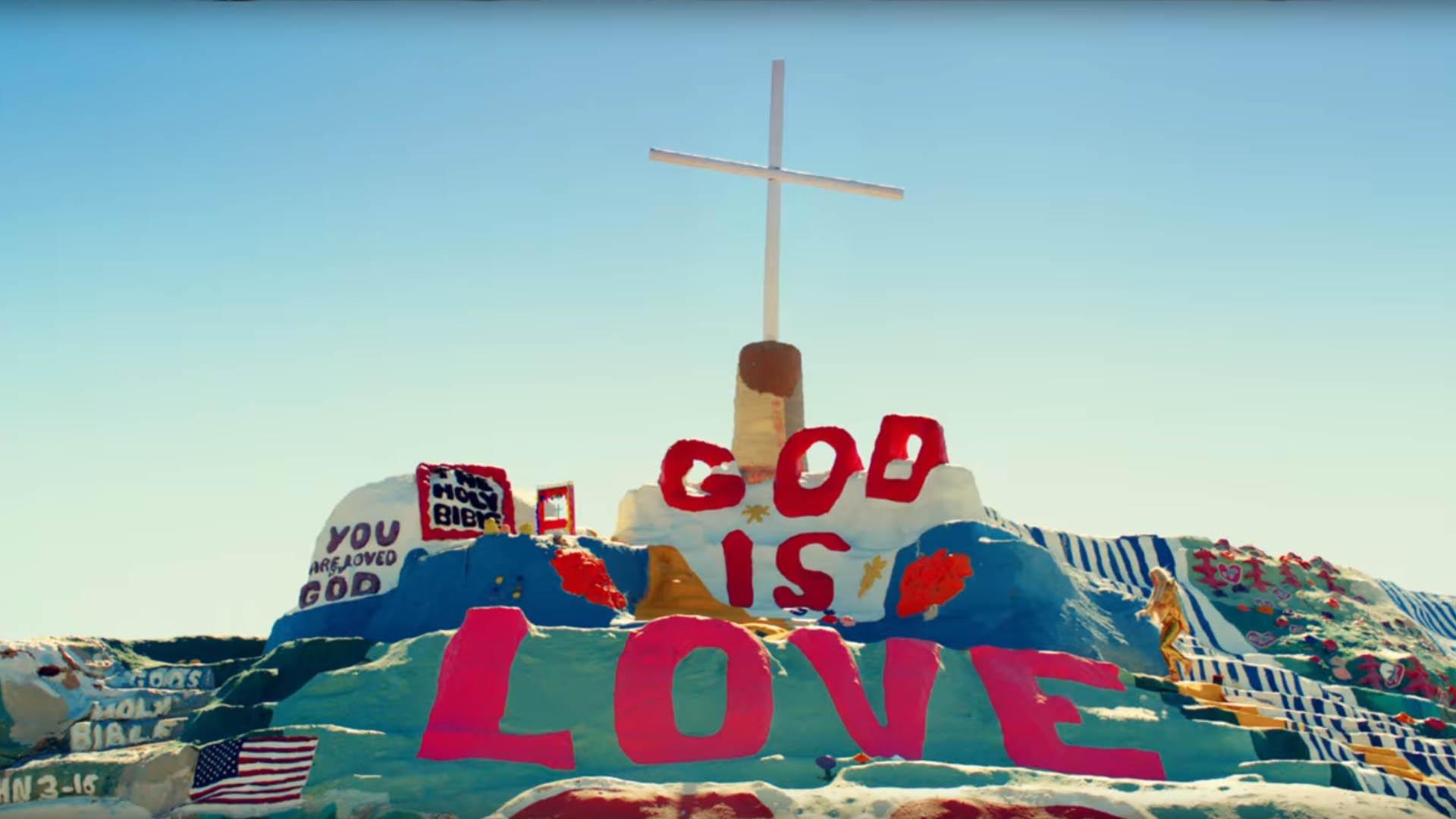 Das neue Musikvideo der US-Sängerin Kesha hat religiöse Anleihen