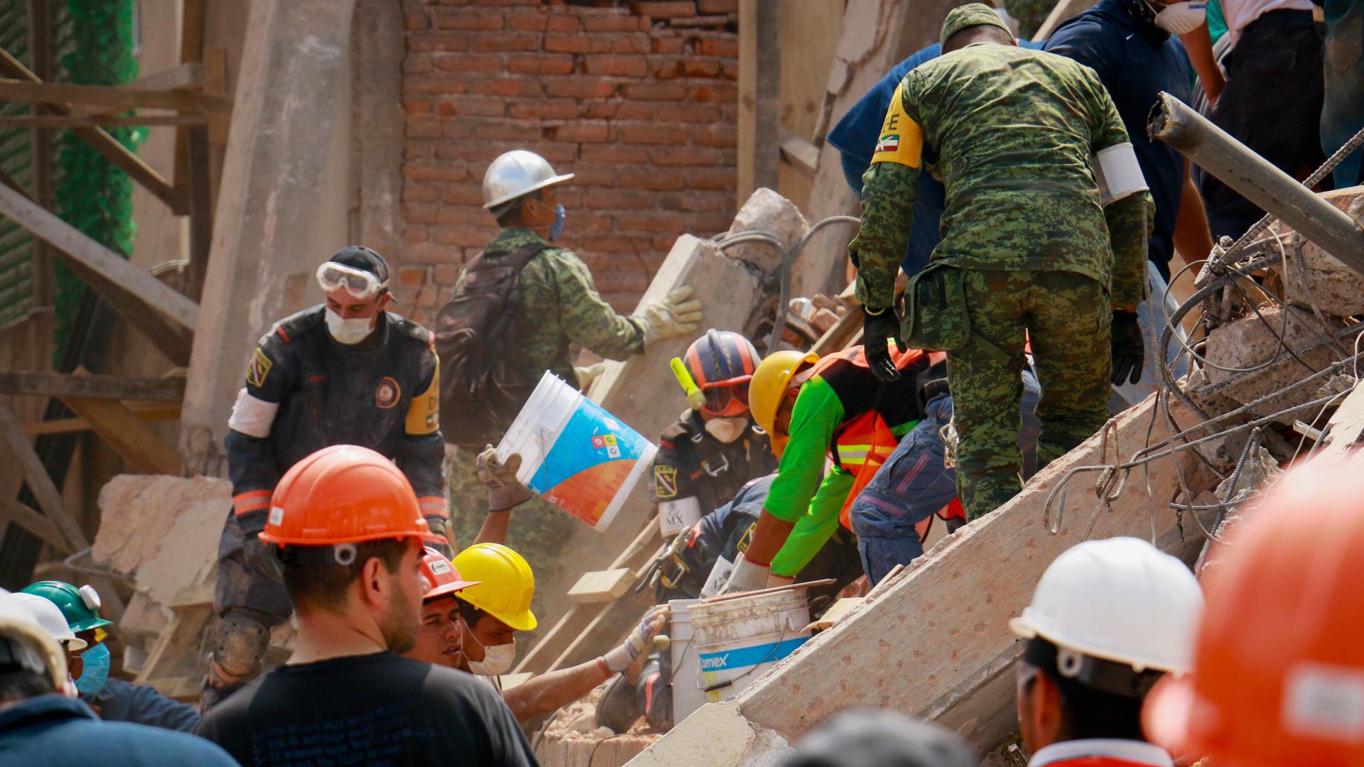 Katastrophenhelfer in Mexiko im Einsatz