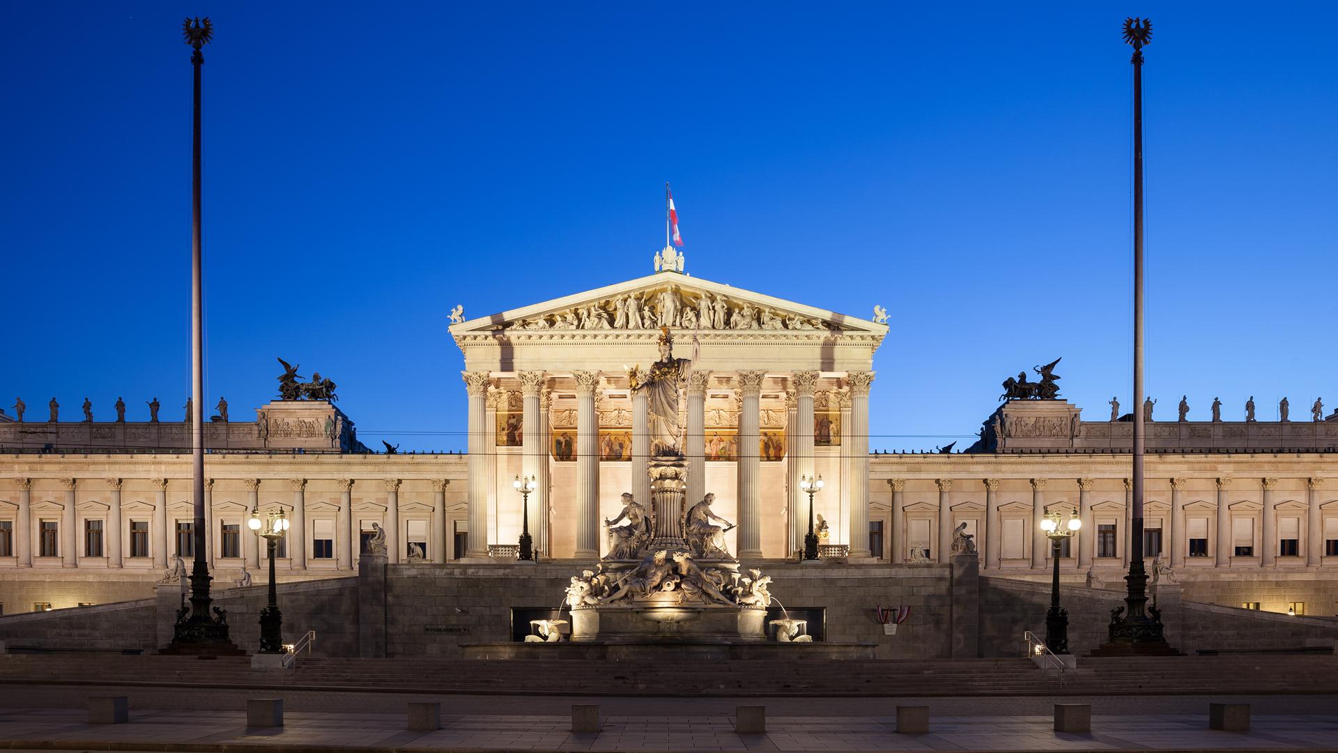 Das Parlamentsgebäude in Wien: Der Plenarsaal im Inneren wird derzeit saniert.
