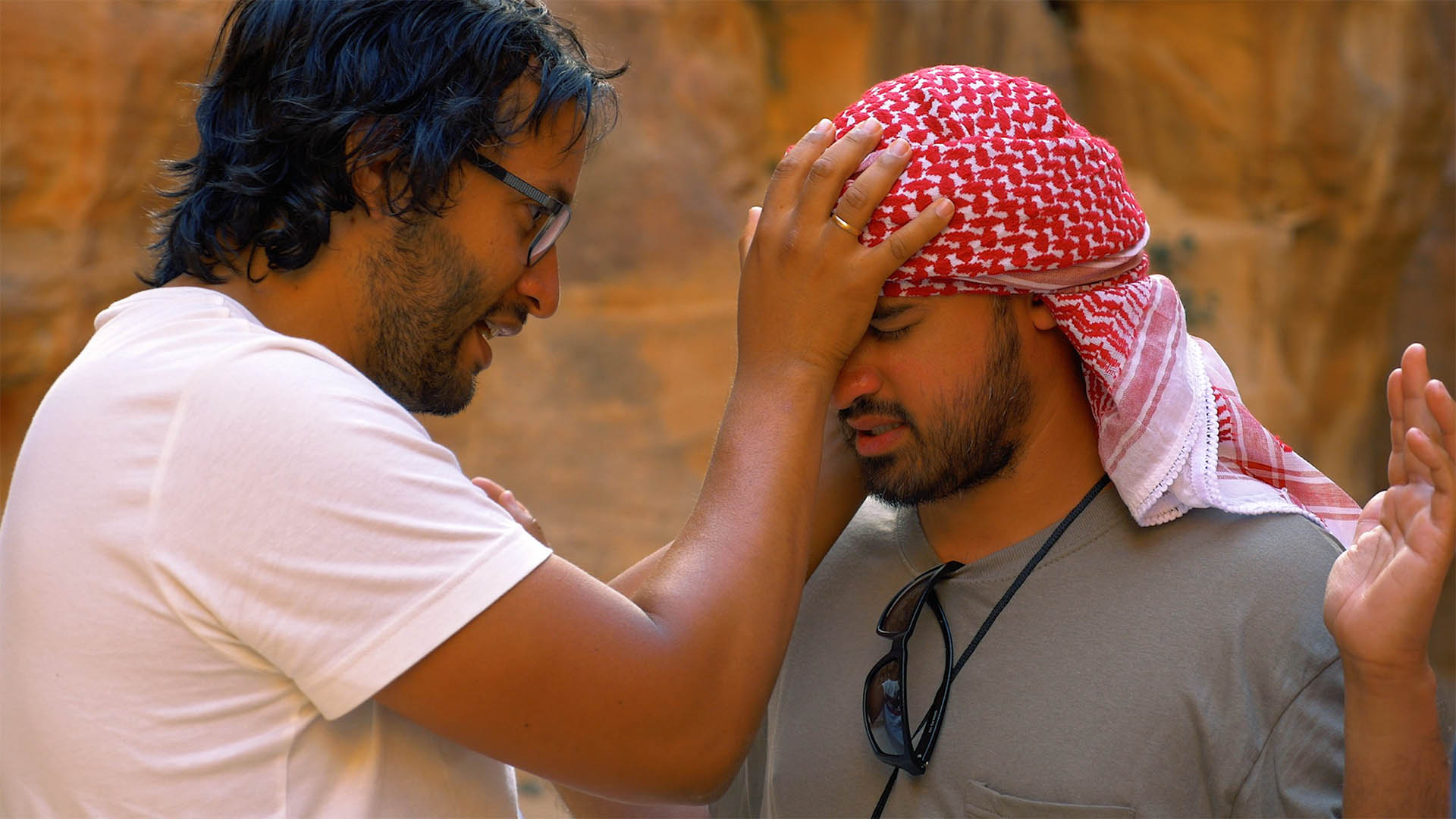 """Auch in Jordanien beten die Christen der Bewegung """"The Last Reformation"""" für die Menschen, die sie treffen"""