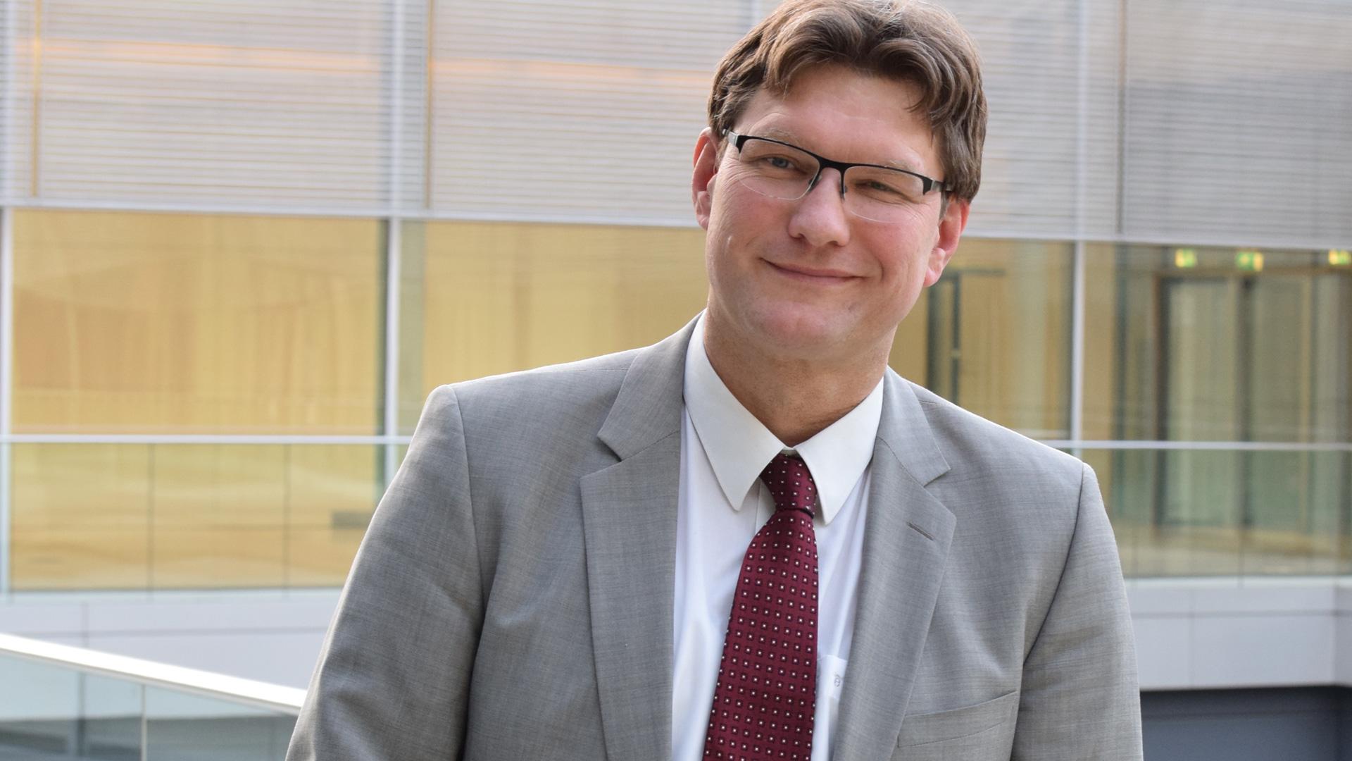 Uwe Heimowski ist Beauftragter der Deutschen Evangelischen Allianz am Sitz des Bundestages und der Bundesregierung. Er setzt sich dafür ein, das Thema Christenverfolgung auf die Agenda zu heben.