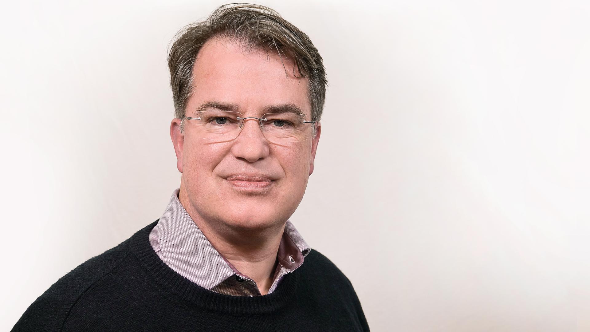 Michael Voß ist Hörfunk-Redakteur aus Halle (Saale) und Vorsitzender des Christlichen Medienverbundes KEP, zu dem auch das Christliche Medienmagazin pro gehört.