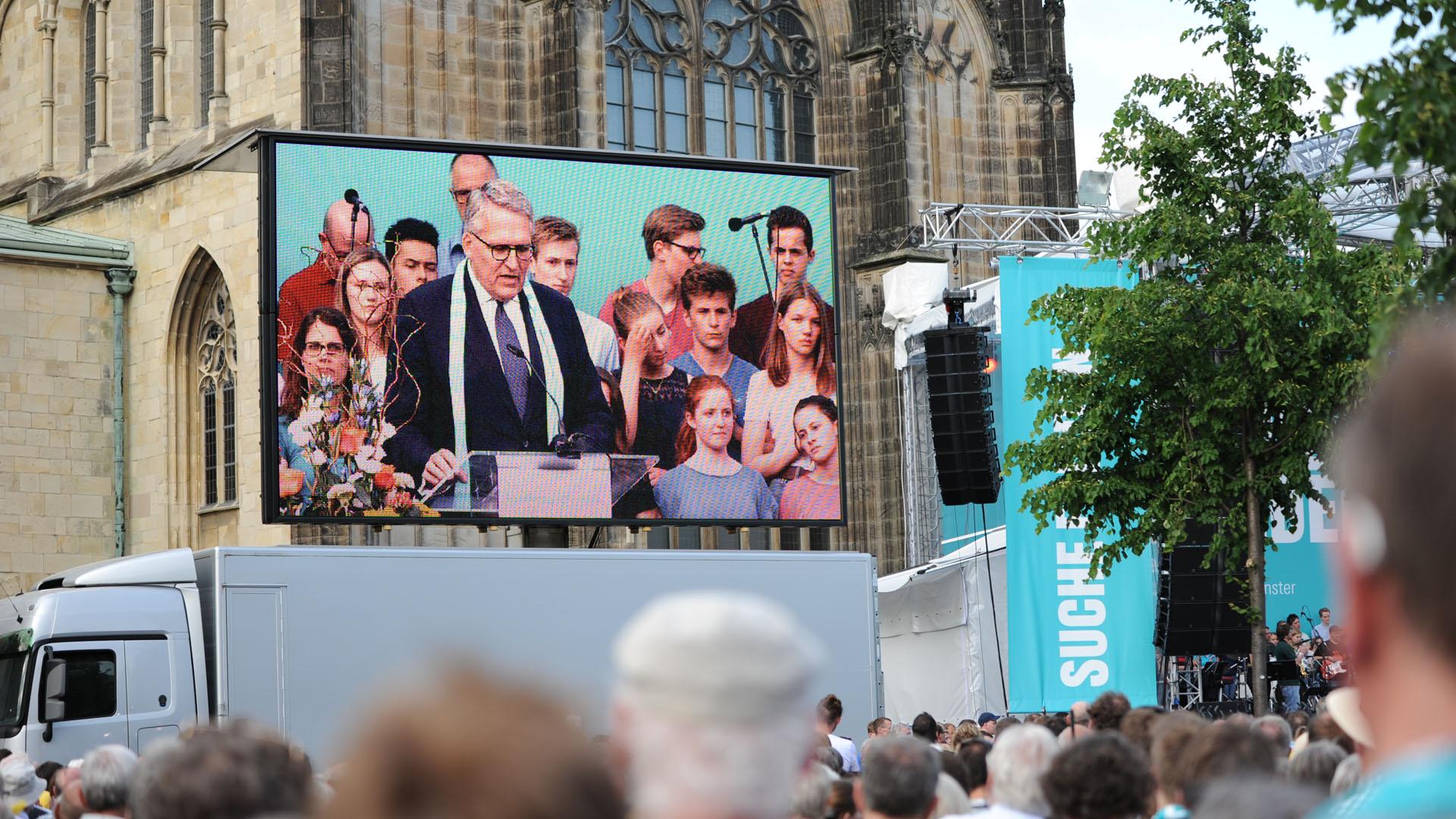 Thomas Sternberg ist Präsident des Zentralkomitees der deutschen Katholiken. Am Mittwoch begrüßte er die zahlreichen Gäste des Katholikentags in Münster.