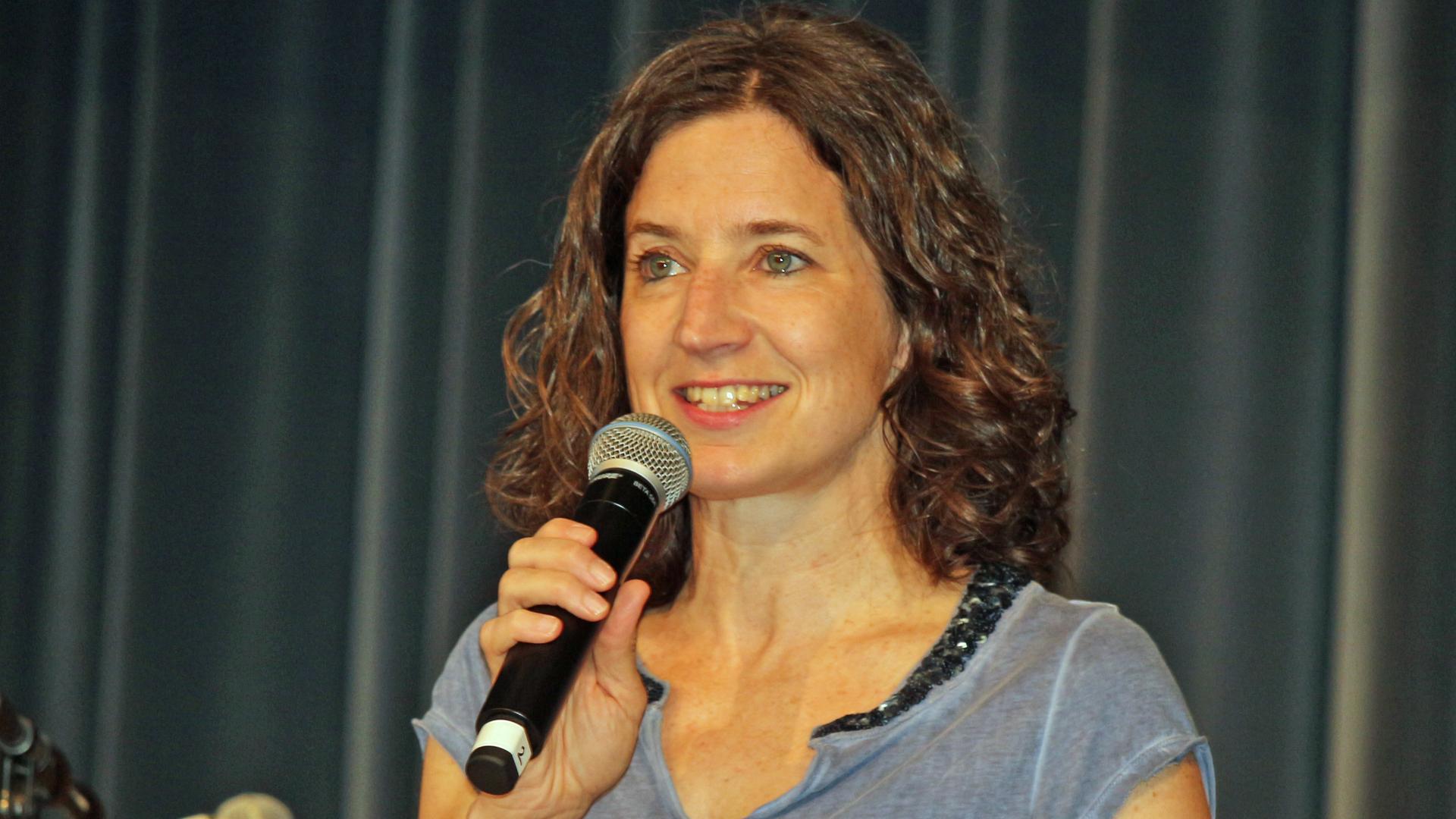 Stefanie Schwarz, Jugendreferentin beim Evangelischen Jugendwerk in Württemberg (EJW), mahnte zu gegenseitiger Wertschätzung unter Christen