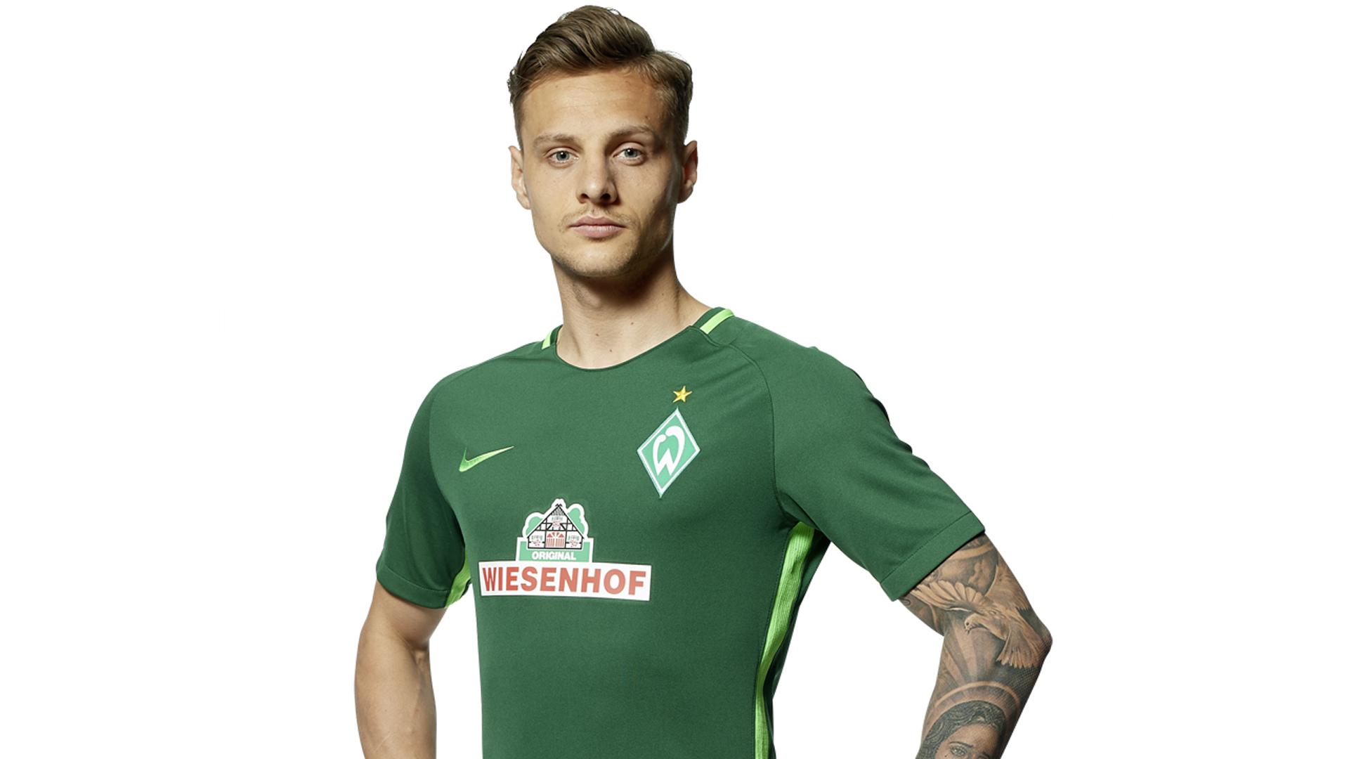 Im Jahr 2016 wechselte Robert Bauer zu Werder Bremen. Sein Vertrag läuft bis 2020, aber es gibt schon jetzt Klubs, die an ihm interessiert sind.