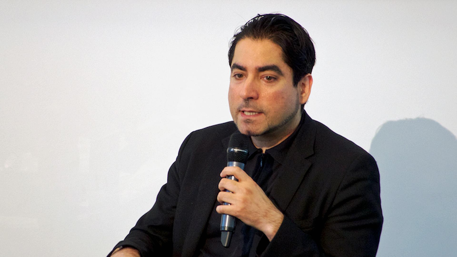 Mouhanad Khorchide wurde im Libanon geboren, ist in Saudi-Arabien aufgewachsen, hat in Österreich und Beirut studiert und ist jetzt Professor für islamische Religionspädagogik an der Universität Münster