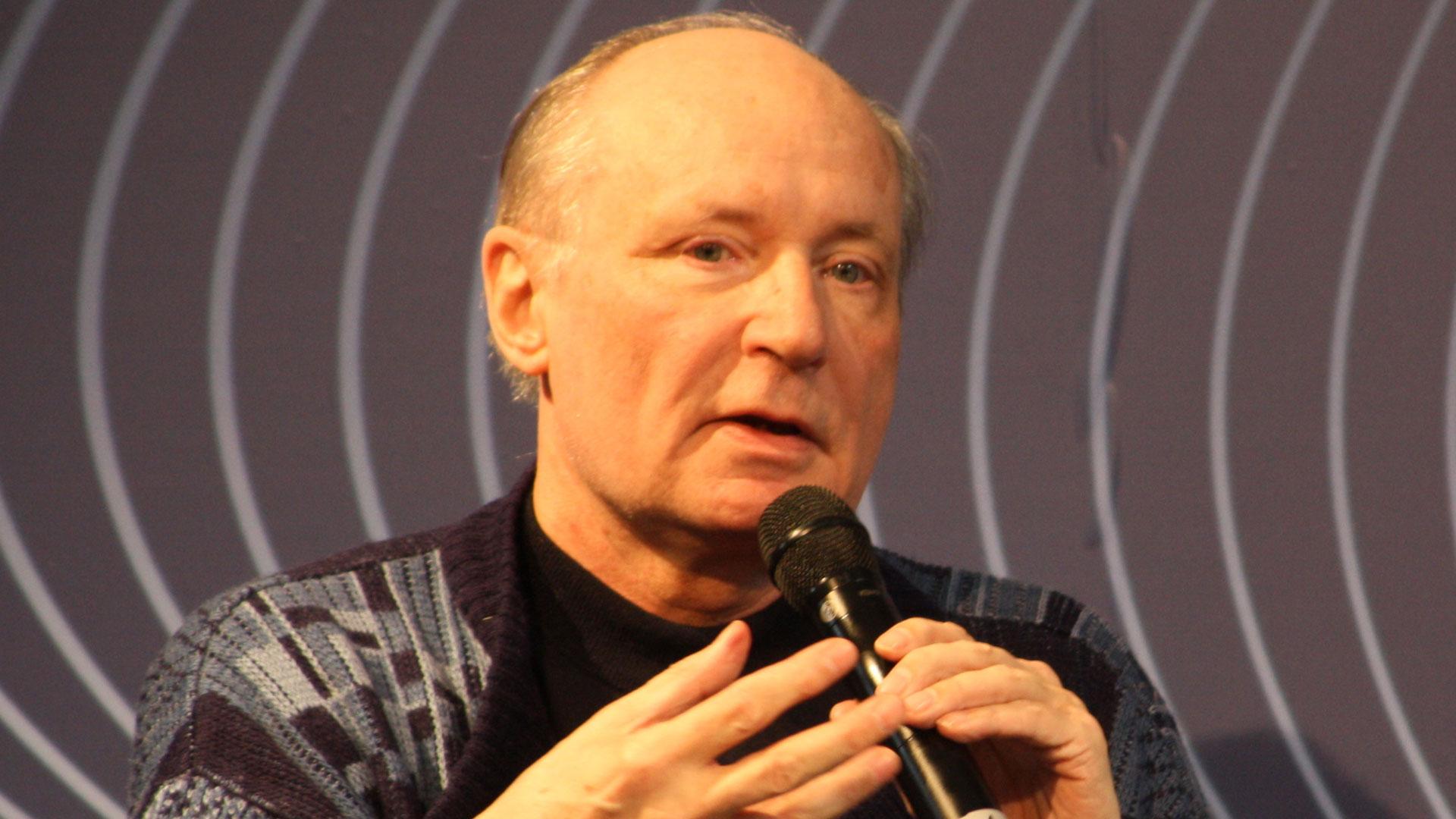 Eugen Drewermann wurde die katholische Lehr- und Predigtbefugnis entzogen. 2005 trat er aus der Katholischen Kirche aus.