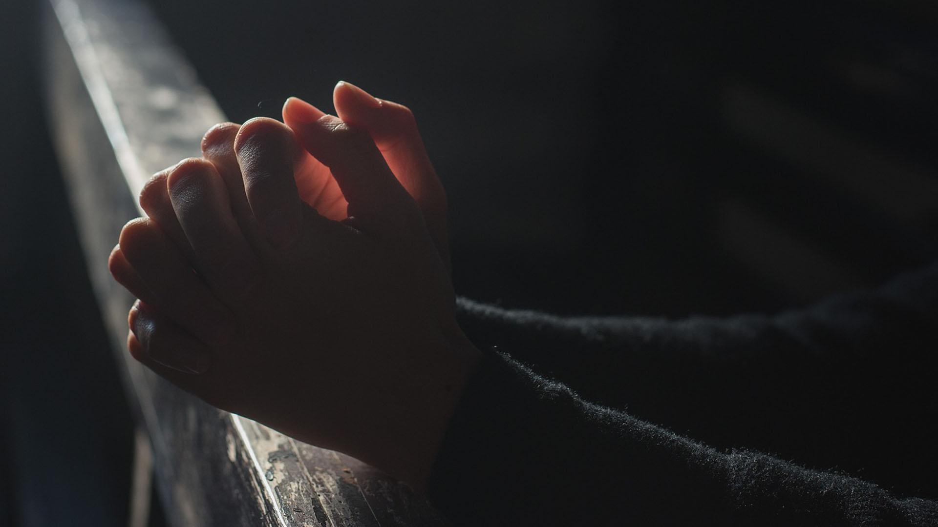 Christliche Kirchen und Gemeinden sollten den Glauben von Konvertiten beurteilen, macht die Deutsche Evangelische Allianz deutlich