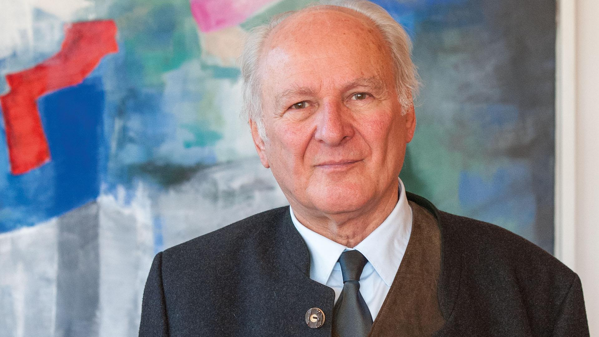 Claus Hipp wollte als junger Mann einmal Maler werden. Doch 1967 übernahm er das väterliche Unternehmen.