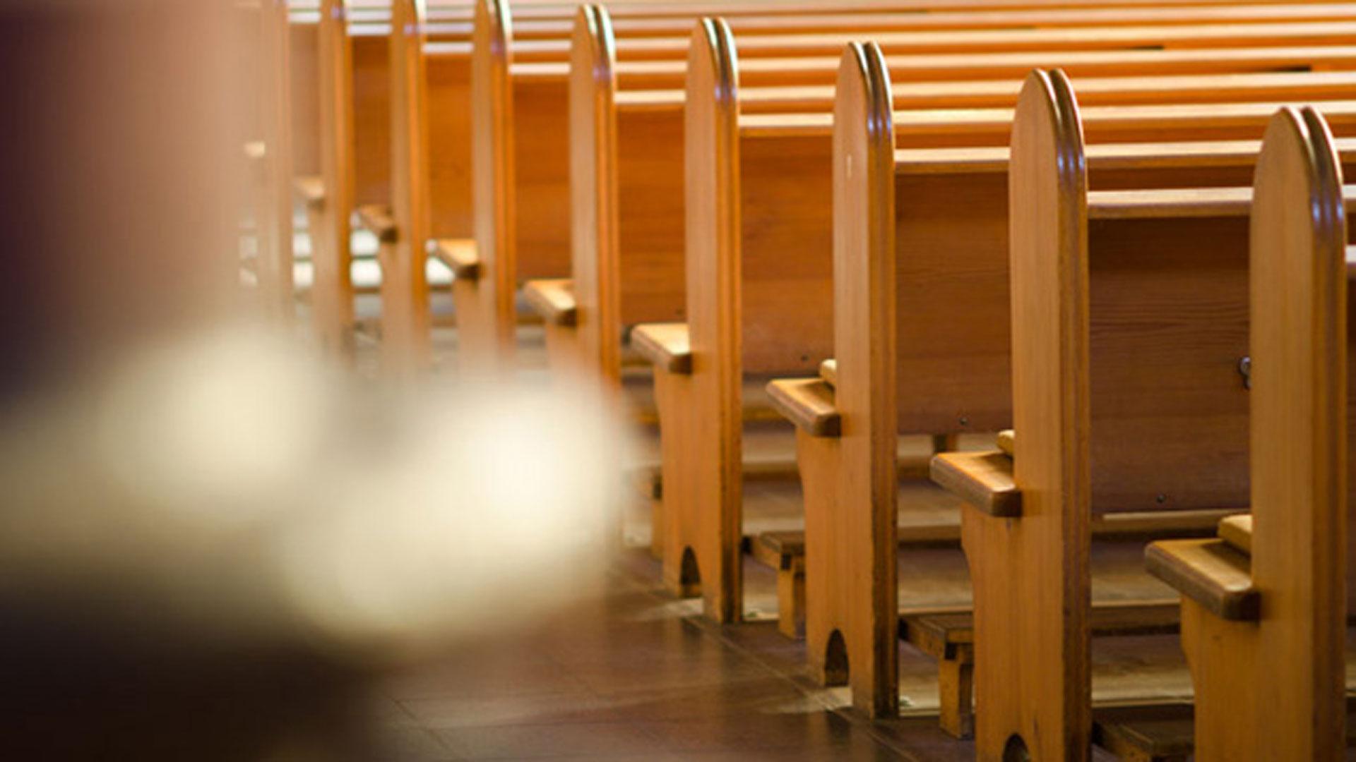 Neben rückläufigen Mitgliederzahlen droht den Kirchen nun auch noch erheblicher Personalmangel