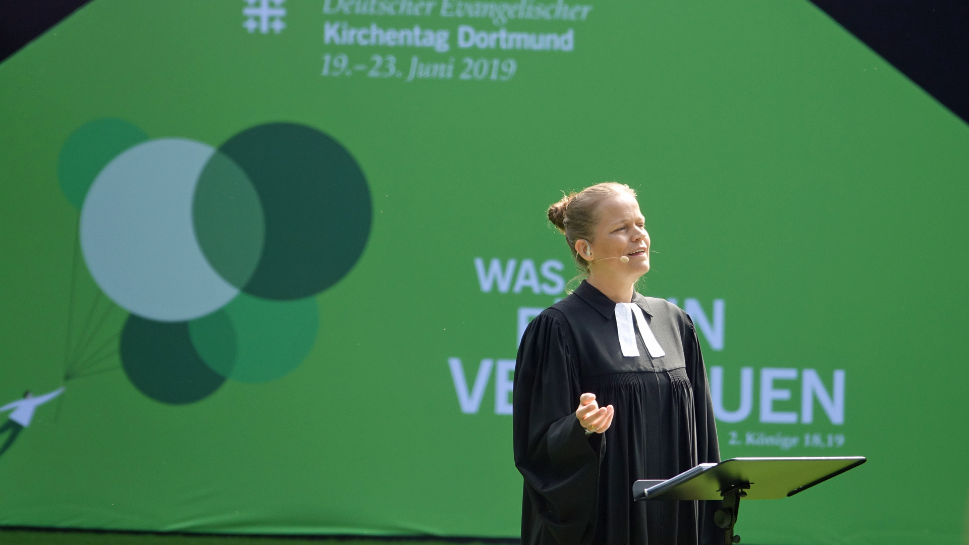 Die Pastorin Sandra Bils hat die Predigt des Abschlussgottesdienstes auf dem Evangelischen Kirchentag in Dortmund gehalten