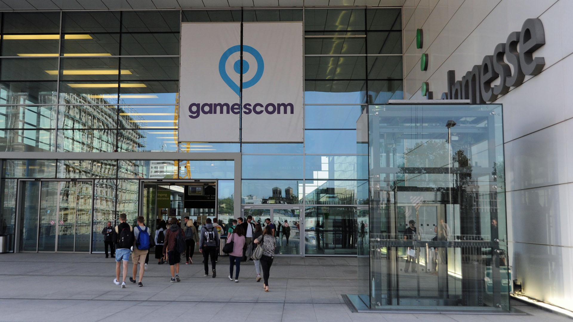 Die Gamescom findet einmal im Jahr in Köln statt. Sie bietet die Möglichkeit, die neuesten Computer- und Videospiele zu testen.