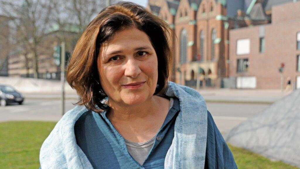 """Johanna Haberer plädiert für eine von der Kirche unabhängige evangelische Publizistik – hält es aber für notwendig, dass Journalisten mithelfen, die Marke """"Evangelisch"""" zu prägen"""