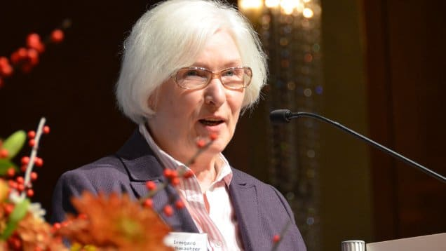 """""""Dass die Grenze geöffnet wurde, und dass es dabei friedlich blieb, haben wir den mutigen Menschen in Ostdeutschland zu verdanken"""", daran erinnert die Präses der EKD-Synode, Irmgard Schwaetzer"""