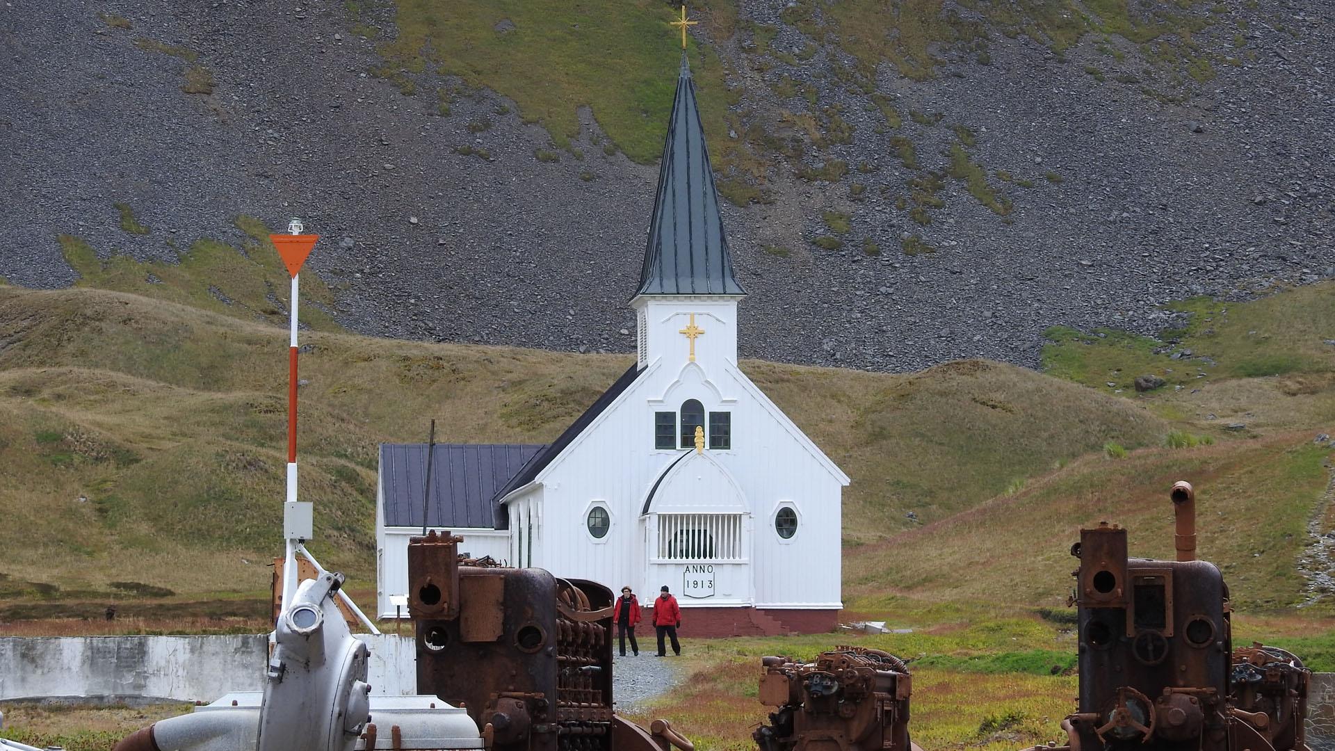 Die Walfängerkirche in Grytviken auf der Insel Südgeorgien: Bis in die 1960er Jahre war dort die größte Walfangstation der welt. 1913 wurde dort diese norwegisch-lutherische Kirche gebaut.