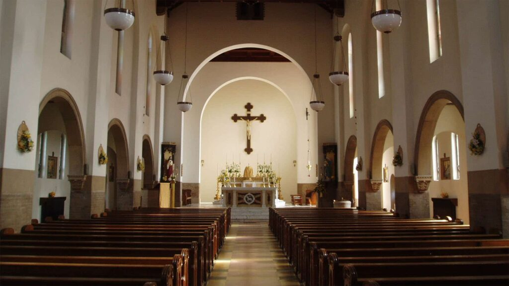 Kirchenschiff, Kirche, Gottesdienst, leer, Bänke