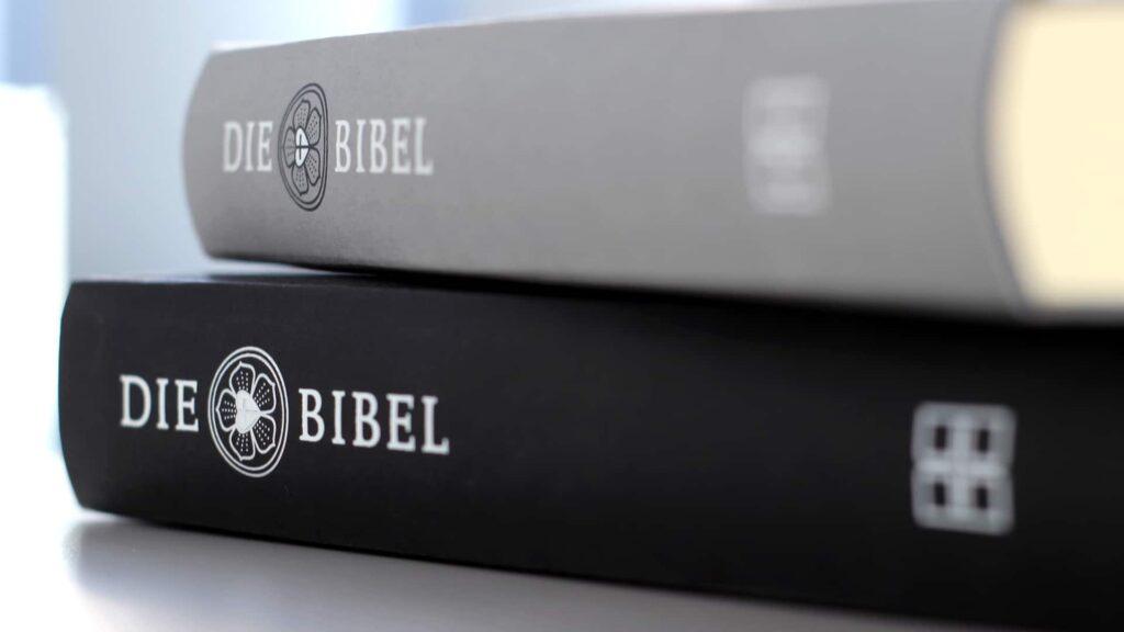 Die Deutsche Bibelgesellschaft stellt alle ihre Bibeltexte derzeit kostenlos zur Verfügung