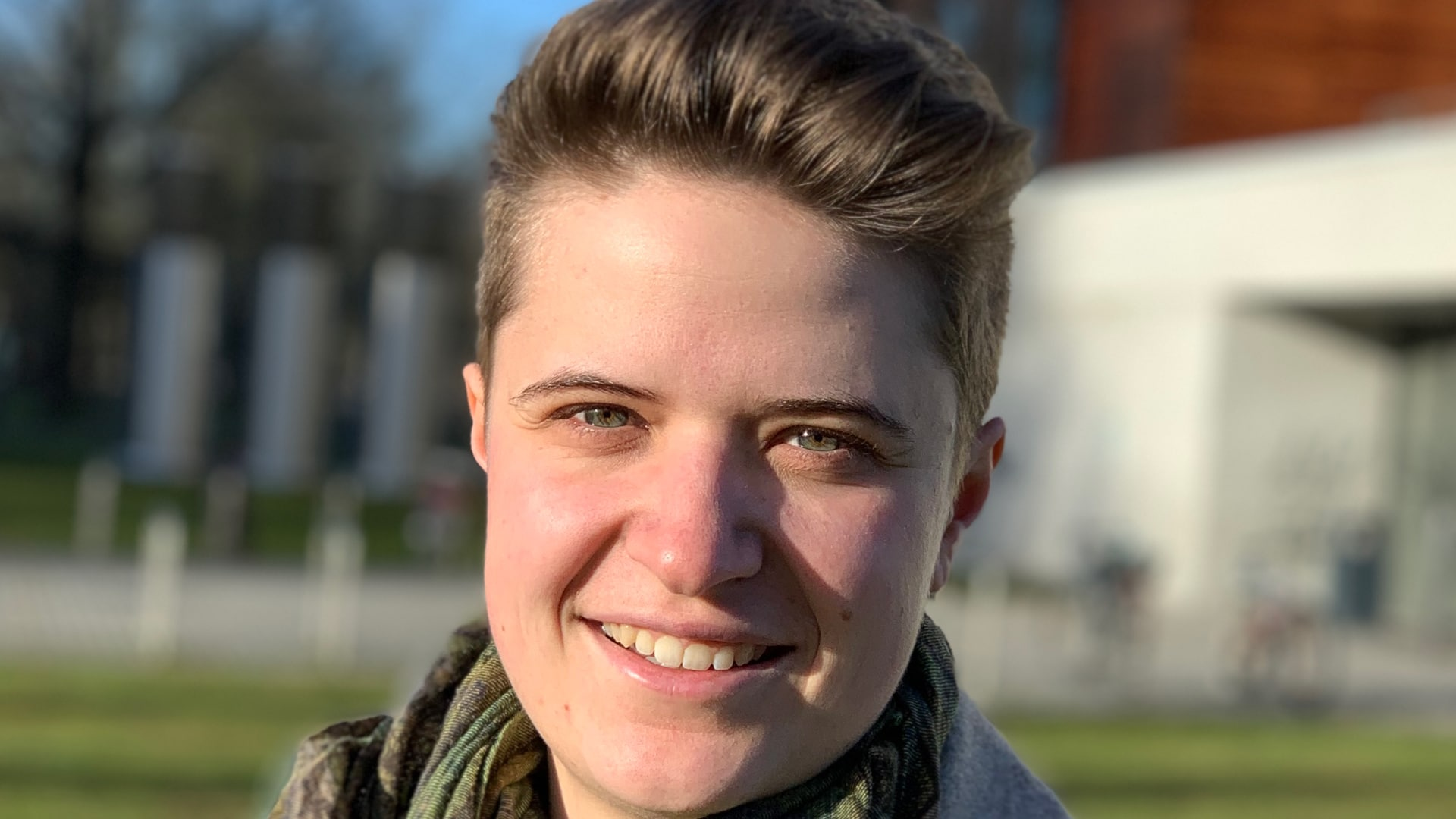 """Anna-Nicole Heinrich ist Masterstudentin der Studiengänge """"Digital Humanities"""" sowie """"Menschenbild und Werte"""""""