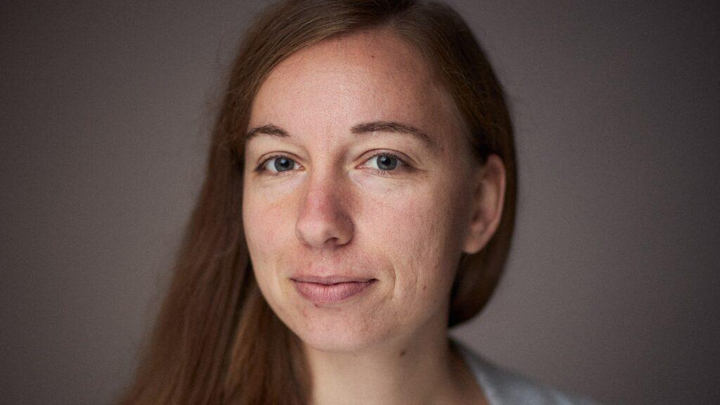 Mirjam Schilling arbeitet als Virologin an der Universität Oxford und schreibt gerade an einer Doktorarbeit in Theologie