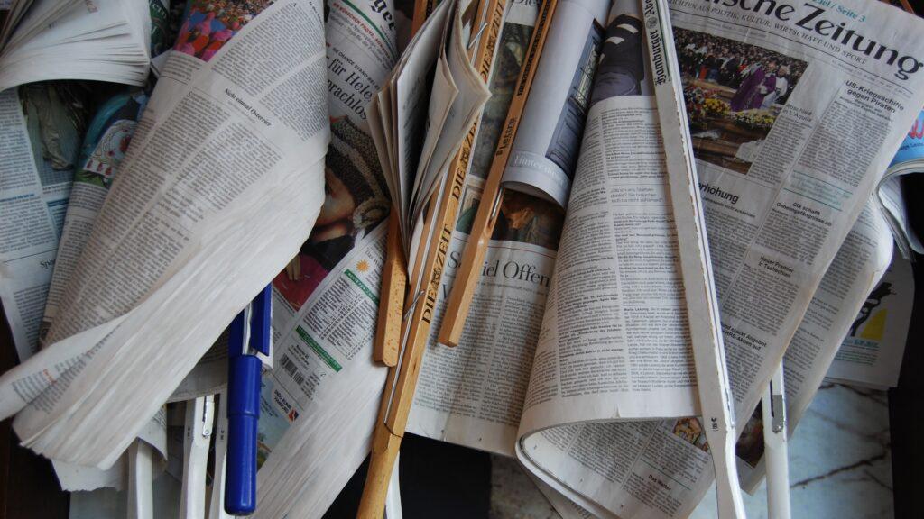 Für eine Studie zur die Berichterstattung über die Corona-Krise haben Forscher mehr als 100.000 Facebook-Posts von 78 Zeitungen und Zeitschriften ausgewertet