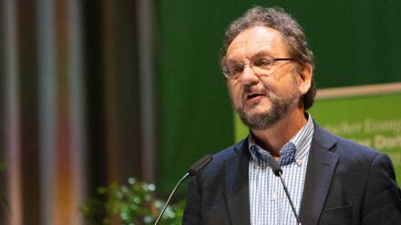 Heribert Prantl ist Journalist und Katholik. Er leitete unter anderem mehrere Jahre das Meinungsressort bei der Süddeutschen Zeitung.