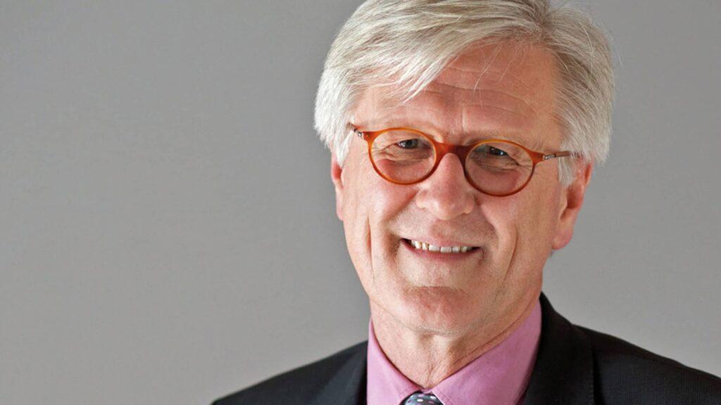 Der EKD-Ratsvorsitzende Heinrich Bedford-Strohm sieht in der Teilhabe an der Seenotrettung einen Gewinn für die Kirche