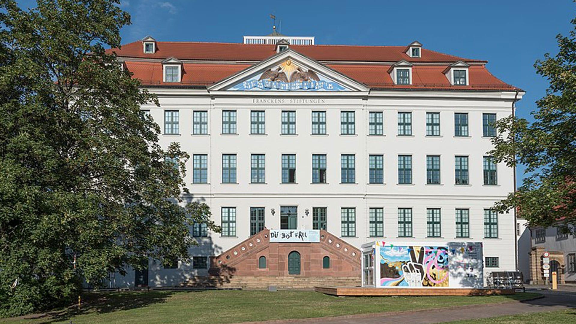 Heute sind mehr als 50 Einrichtungen auf dem Stiftungsgelände der Franckeschen Stiftungen etabliert.