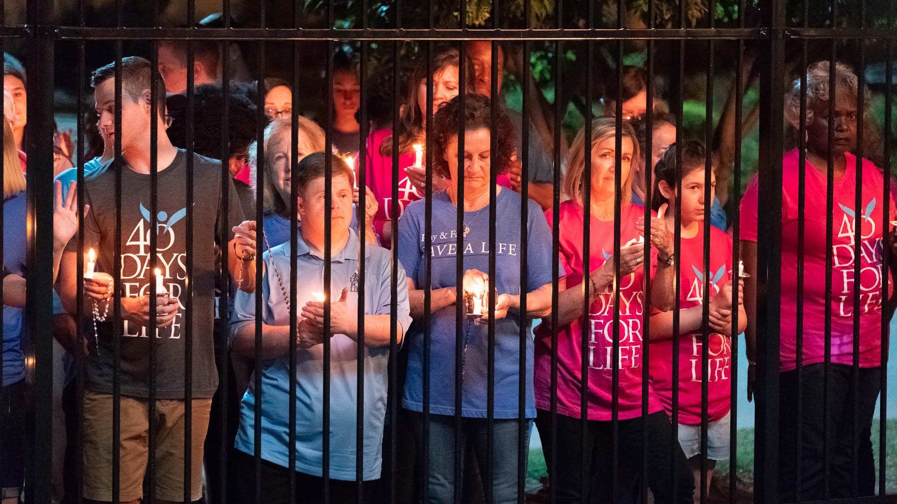 Pro-Life-Aktivisten beten vor der Klinik von Planned Parenthood in Bryan, Texas