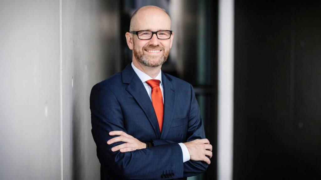 Peter Tauber (46) zieht sich aus der Politik zurück.