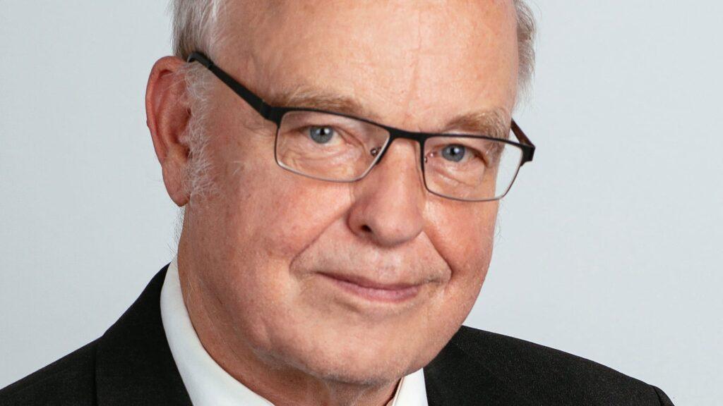 Pfarrer und Börsenanalyst Uwe Lang
