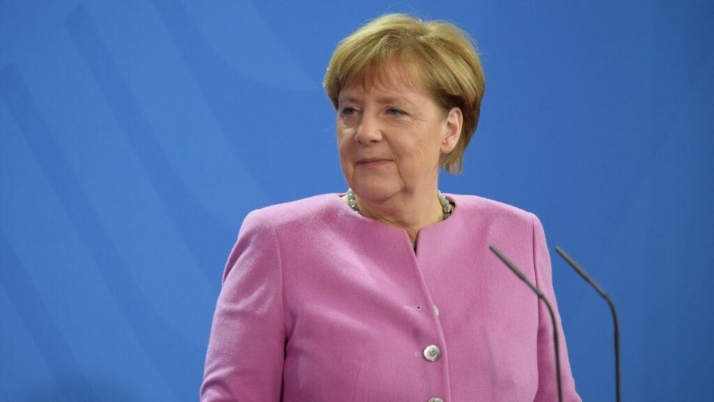 Bundeskanzlerin Angela Merkel (Archivbild) hat sich mit den Regierungschefs der Länder auf Maßnahmen zur Bekämpfung der SARS-Cov2-Pandemie verständigt