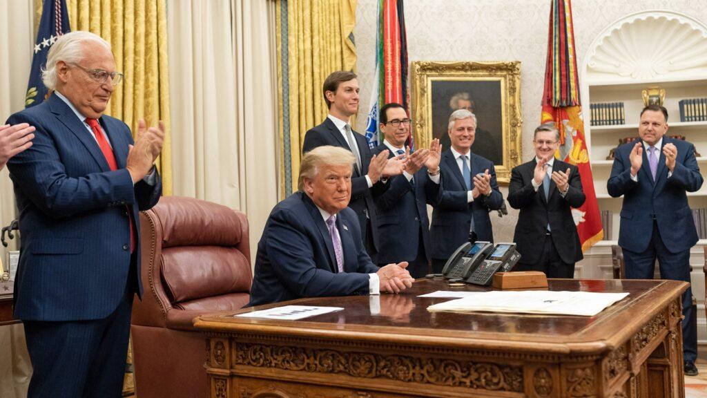 US-Präsident Trump bei der Bekanntgabe des Abkommens zwischen Israel und den Vereinigten Arabischen Emiraten