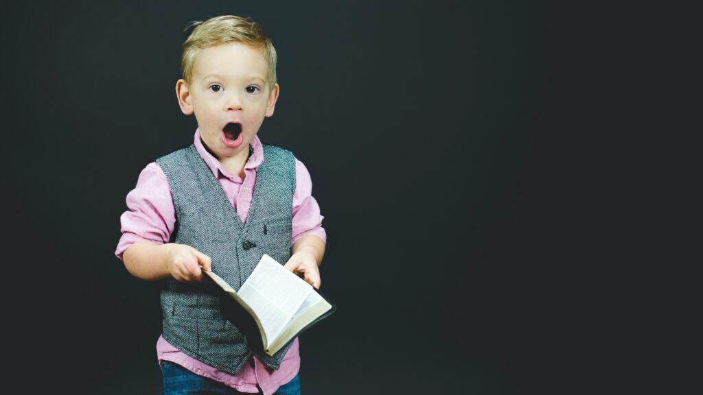 Gespräche mit Kindern über den Glauben müsse auf Augenhöhe stattfinden, sagt Religiospädagoge Frank Lütze