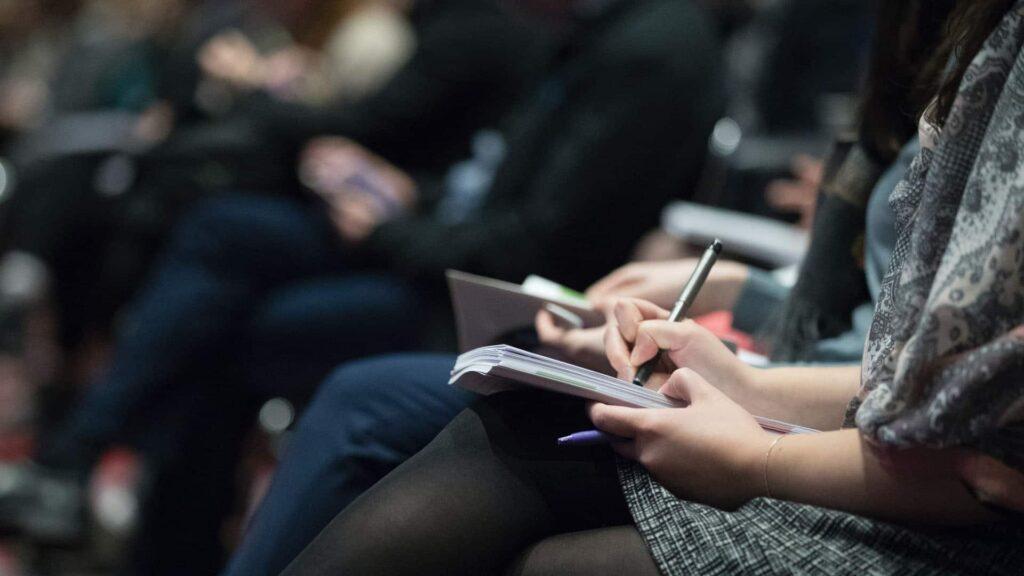 Bei der Tagung konnten die Teilnehmer mehr über die Bereiche Journalismus und Öffentlichkeitsarbeit erfahren