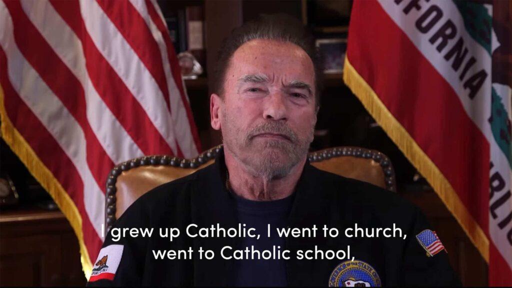 """In seiner katholischen Erziehung habe er einen Ausdruck gelernt, den er nun vermisse: """"das Herz eines Dieners haben"""", sagte der Schauspieler und Politiker Arnold Schwarzenegger in einer vielbeachteten Videobotschaft"""