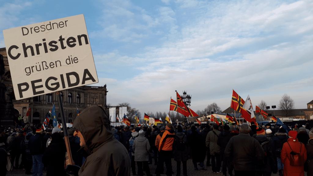 Teilnehmer einer Pegida-Demonstration