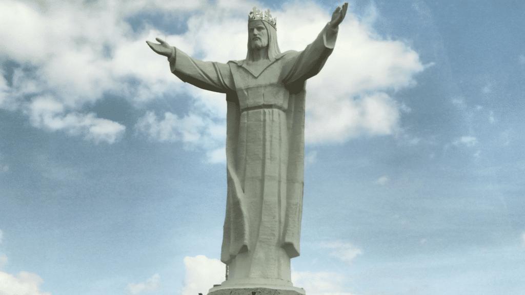 Christus-König-Statue in Swiebodzin